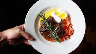 Un pasto della dieta chetogenica