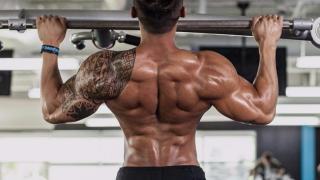 Trazioni per i muscoli dorsali