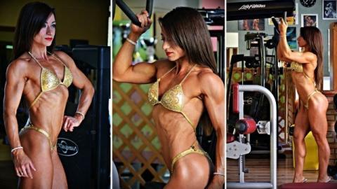 Tre pose di Tiziana Calabrese, atleta IFBB