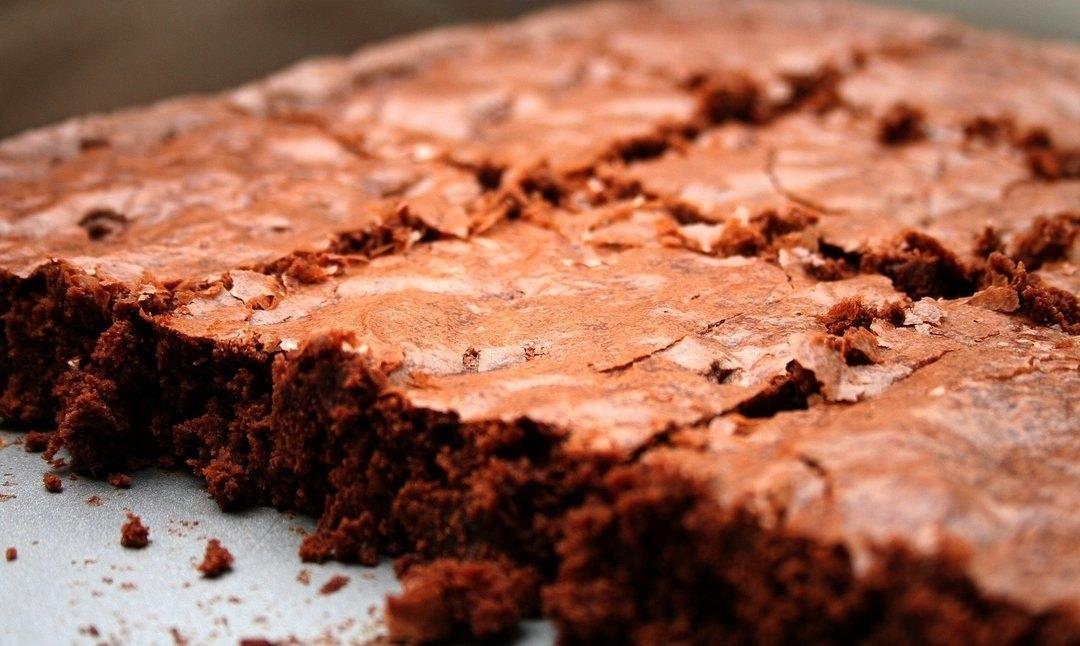 Brownie proteici al cioccolato con patate dolci