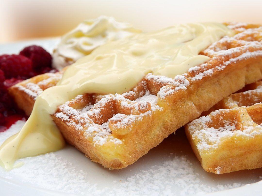 Waffle con crema pasticcera